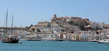 Ibiza gay Urlaub