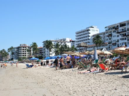Puerto Vallarta gay beach schwuler Strand Mexiko