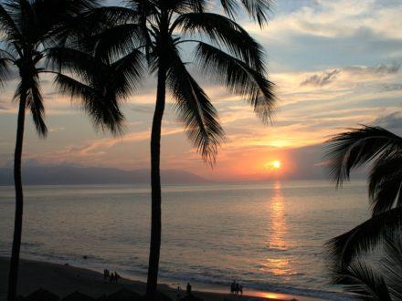 Puerto Vallarta gay schwul Strand Sonnenuntergang