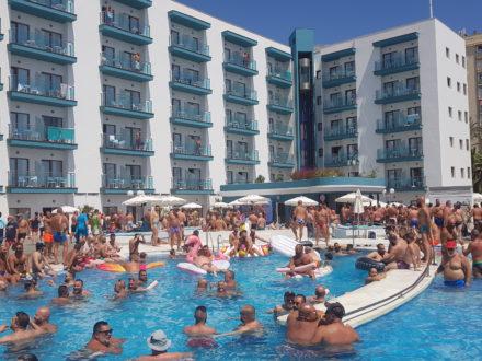 Bärenparty Torremolinos schwul Costa del Sol Spanien