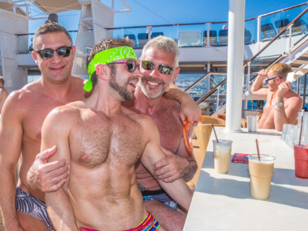 Männertypen schwule Kreuzfahrt Atlantis